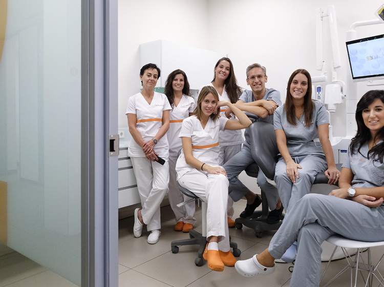 equipo-clinica-dental-berges